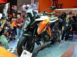 KTM 1290 SUPER DUKE GT重庆摩博会发布