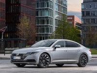 2018北京车展探馆:中型车全新大众CC